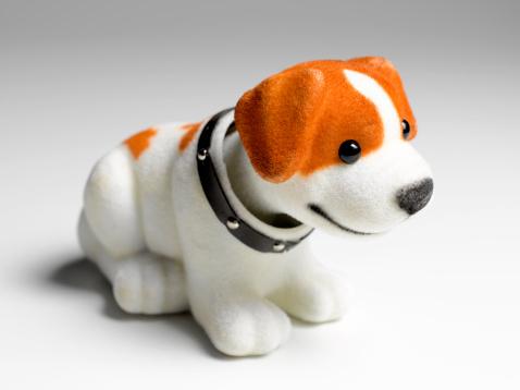 Stuffed Animals「Nodding dog with copy space」:スマホ壁紙(12)