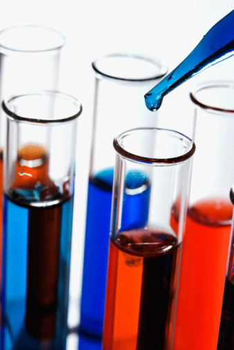 Liquid「Pipette and test tubes with colorful liquids」:スマホ壁紙(7)