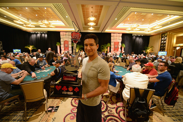 Mario Lopez「Mario Lopez Stopped By Seminole Hard Rock Hotel & Casino Hollywood Seminole Hard Rock Poker Open」:写真・画像(11)[壁紙.com]