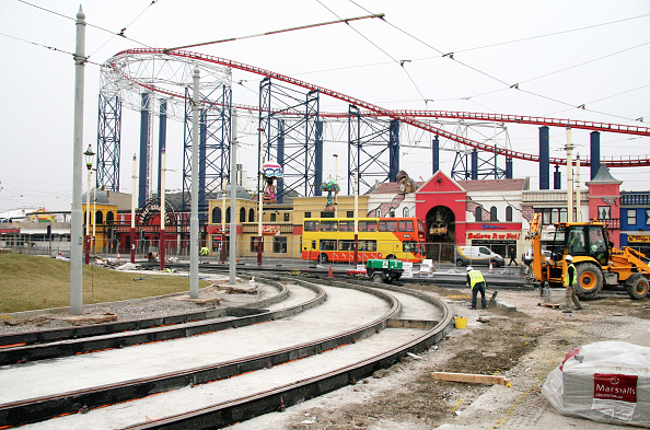 Replacement「Blackpool Tram Track replacement works, which has seen the line upgraded in order to carry brand new 'light rail' trams in the future.」:写真・画像(8)[壁紙.com]