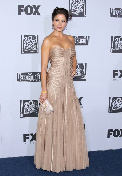 Nude Colored「Fox Searchlight 2012 Golden Globe Awards Party - Arrivals」:写真・画像(18)[壁紙.com]