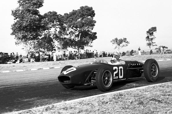 Grand Prix Motor Racing「Innes Ireland, Grand Prix Of Argentina」:写真・画像(9)[壁紙.com]