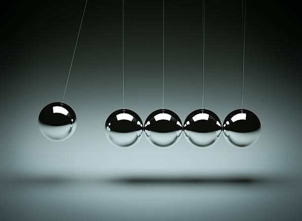 Balancing balls Newton's cradle:スマホ壁紙(壁紙.com)