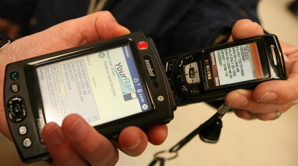 Wireless Technology「Mobile Telephone Becomes The New Wallet」:写真・画像(12)[壁紙.com]