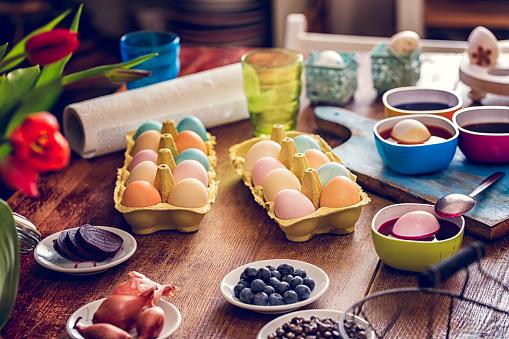 Easter「Naturally Dyed Easter Eggs」:スマホ壁紙(15)