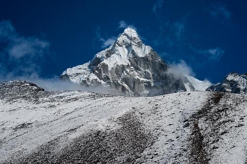 Khumbu「Nepal, Khumbu, Everest region, Dingboche, Taboche peak」:スマホ壁紙(8)