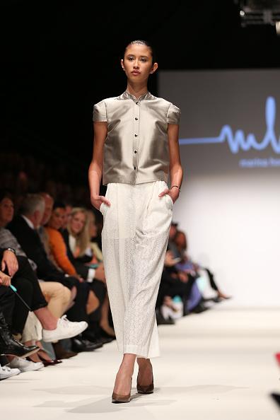 Hands In Pockets「Marina Hoermanseder Opening Show - MQ Vienna Fashion Week」:写真・画像(9)[壁紙.com]