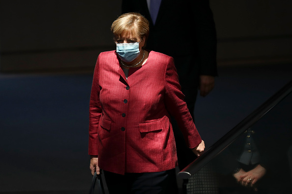 Protection「Bundestag Begins 2021 Federal Budget Debates During The Coronavirus Pandemic」:写真・画像(13)[壁紙.com]