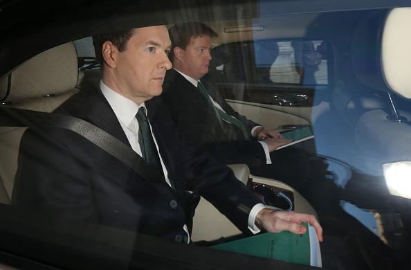 Treasury - Finance and Government「Chancellor George Osborne Delivers His Autumn Statement」:写真・画像(7)[壁紙.com]