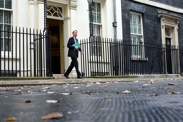 家計「The Chancellor Of The Exchequer Delivers His First Autumn Statement」:写真・画像(17)[壁紙.com]