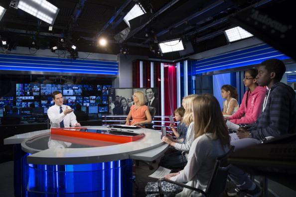 Teenager「School Children Interview Chancellor George Osborne」:写真・画像(3)[壁紙.com]