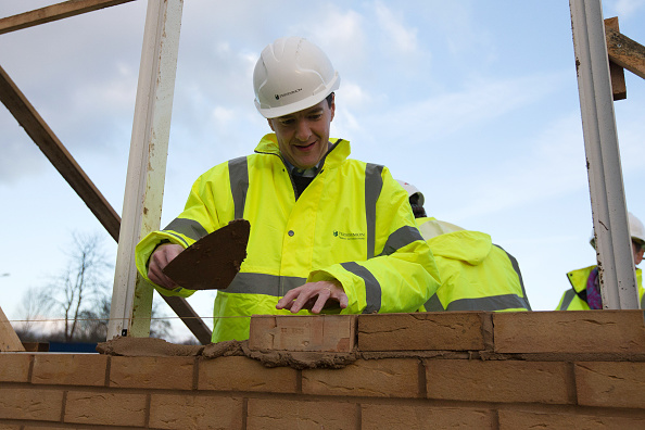 Brick「George Osborne Visits A Construction Site A Day After Delivering His Autumn Statement」:写真・画像(11)[壁紙.com]