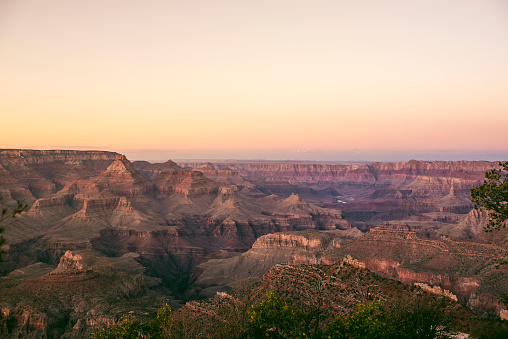 Grand Canyon National Park「USA, Arizona, Grand Canyon National Park, Grand Canyon at sunset」:スマホ壁紙(11)