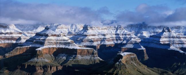 North Rim「USA, Arizona, Grand Canyon National Park, spring snow on North Rim」:スマホ壁紙(16)