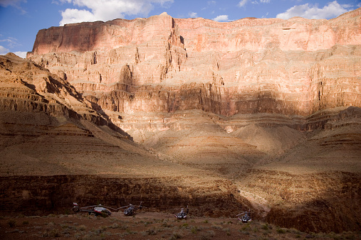 Eco Tourism「USA, Arizona, Grand Canyon, helicopters in foreground」:スマホ壁紙(14)