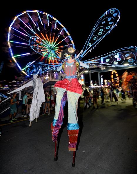 EDC「17th Annual Electric Daisy Carnival - Day 1」:写真・画像(3)[壁紙.com]