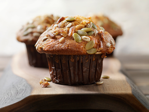 Walnut「Trail Mix Carrot Muffin with Nuts and Seeds」:スマホ壁紙(0)