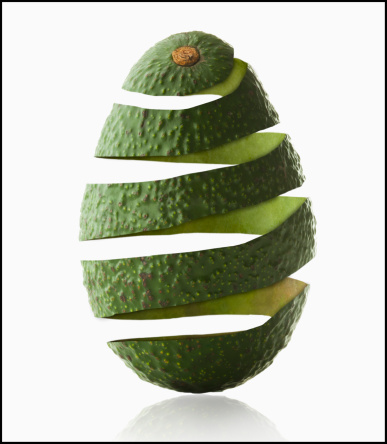 Avocado「Avocado peel in avocado shape, studio shot」:スマホ壁紙(19)