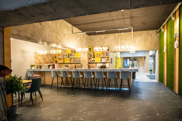 Empty modern bar:スマホ壁紙(壁紙.com)