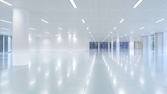 Moving Office「Empty modern office floor space」:スマホ壁紙(13)