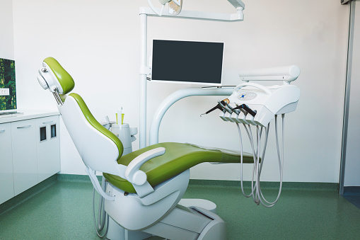 Computer「空は現代歯科医室」:スマホ壁紙(19)