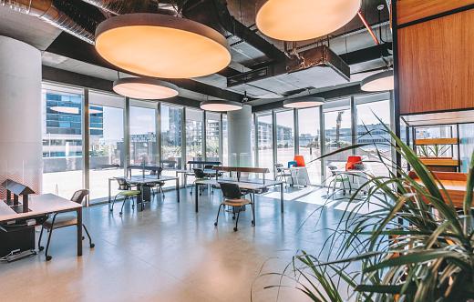 Wide Angle「Empty Modern Office room with working desks」:スマホ壁紙(19)