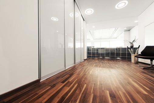 Entrance「Empty modern office reception」:スマホ壁紙(11)
