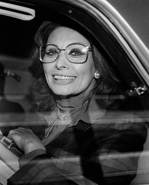 Tom Stoddart Archive「Sophia Loren In A Car」:写真・画像(10)[壁紙.com]