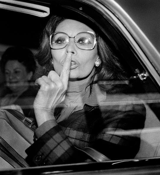 Silence「Sophia Loren In A Car」:写真・画像(16)[壁紙.com]