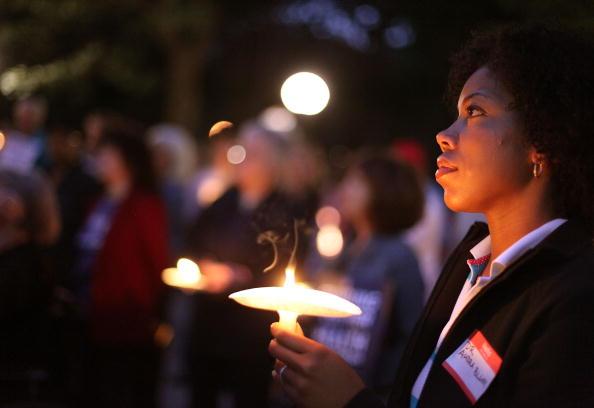 Support「Activists Hold Vigil For Health Care Reform」:写真・画像(13)[壁紙.com]