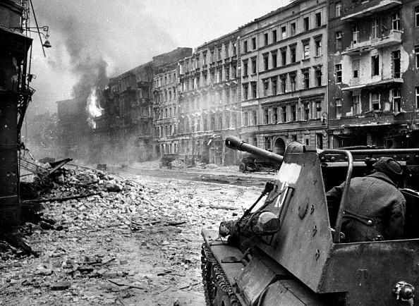 Russian Military「Soviets In Germany」:写真・画像(3)[壁紙.com]