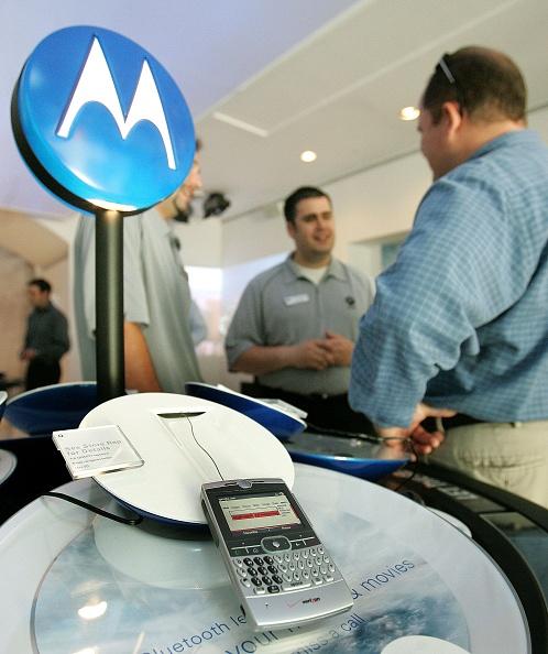 Wireless Technology「Motorola Opens Retail Store In Chicago」:写真・画像(13)[壁紙.com]