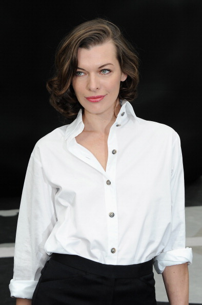 White Shirt「Chanel - Front Row - PFW F/W 2013」:写真・画像(16)[壁紙.com]