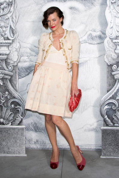 Chanel Dress「Chanel: Photocall - Paris Fashion Week Haute Couture F/W 2012/13」:写真・画像(5)[壁紙.com]