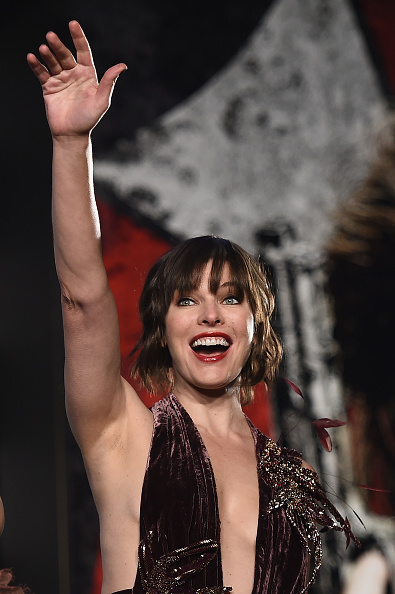 ミラ・ジョヴォヴィッチ「'Resident Evil: The Final Chapter' World Premiere In Tokyo」:写真・画像(13)[壁紙.com]