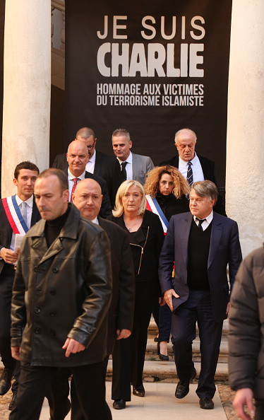 Languedoc-Rousillon「France's National Front Leader Marine Le Pen Holds Rally In Beaucaire」:写真・画像(1)[壁紙.com]