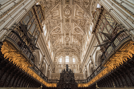 Cathedral「Spain, Andalusia, Cordoba, Interior of Great Mosque of Córdoba」:スマホ壁紙(18)