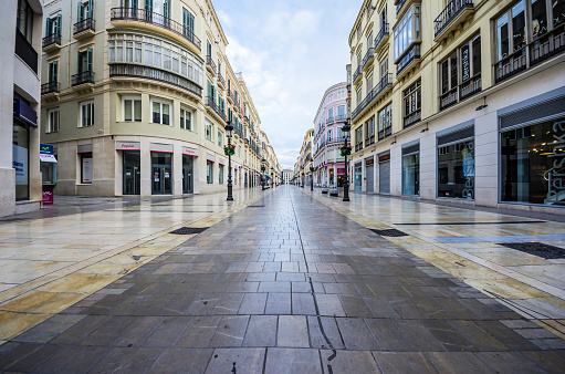 Building Exterior「Spain, Andalusia, Malaga, shopping street」:スマホ壁紙(3)