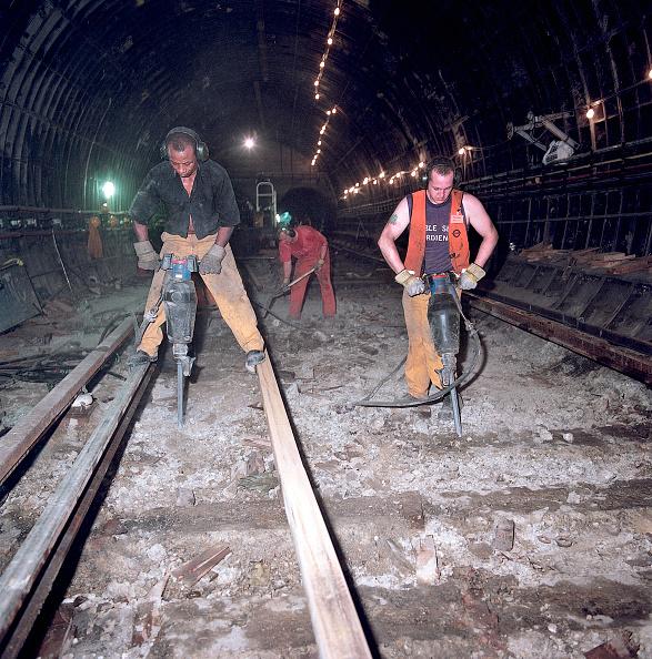 Railroad Track「Excavating track bed during refurbishment of Angel Underground station. London」:写真・画像(15)[壁紙.com]