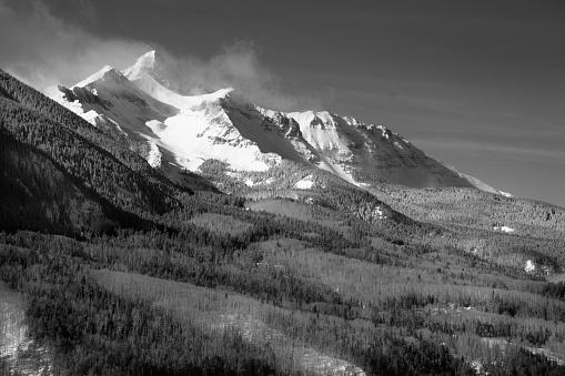 アンコンパグレ国有林「Sunrise mountain landscape, San Juan Mountains, Uncompahgre National Forest, Colorado, USA」:スマホ壁紙(7)