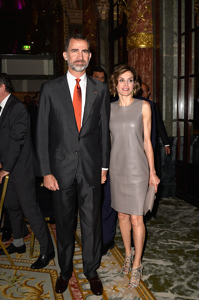 Leather「King Felipe Of Spain and Queen Letizia Of Spain On Official Visit In France : Day 3」:写真・画像(19)[壁紙.com]
