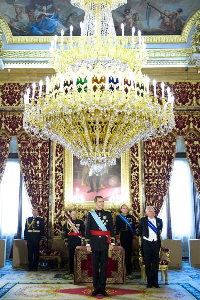 Madrid Royal Palace「Spanish King Felipe VI Receive New Ambassadors」:写真・画像(6)[壁紙.com]