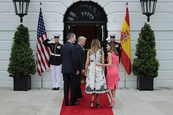 King - Royal Person「President Trump Hosts Spain's King Felipe And Queen Letizia At The White House」:写真・画像(18)[壁紙.com]