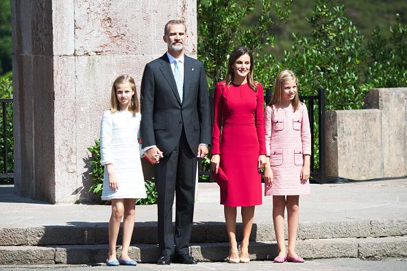 バシリカ「Spanish Royals Attend 13th Centenary Of The Reign Of Asturias」:写真・画像(14)[壁紙.com]