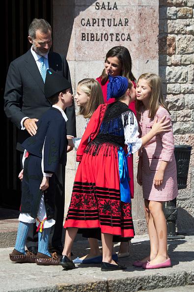 バシリカ「Spanish Royals Attend 13th Centenary Of The Reign Of Asturias」:写真・画像(8)[壁紙.com]