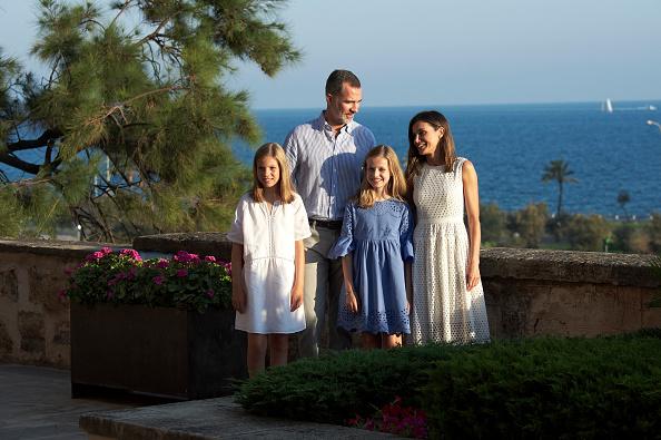 Spanish Royalty「Spanish Royals Summer Photocall In Palma de Mallorca」:写真・画像(1)[壁紙.com]