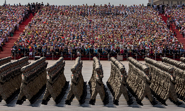 Parade「China Holds Military Parade To Commemorate End Of World War II In Asia」:写真・画像(4)[壁紙.com]