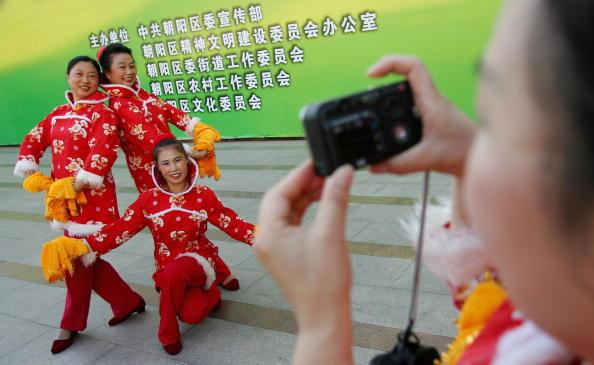 Toothy Smile「Folk Dance Competition Held In Beijing」:写真・画像(10)[壁紙.com]