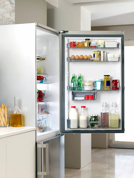 Refrigerator in the Kitchen:スマホ壁紙(壁紙.com)