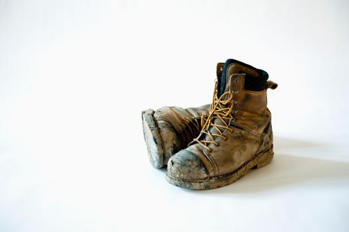 Effort「Dirty And Broken In Construction Work Boots」:スマホ壁紙(15)